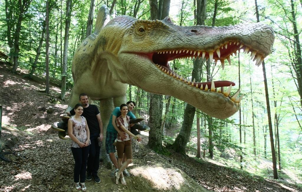 Spinosaurus, cel mai mare dinozaur carnivor din toate timpurile, a trăit aum 140-142 de milioane de ani. Sursa foto: Dorin Constanda